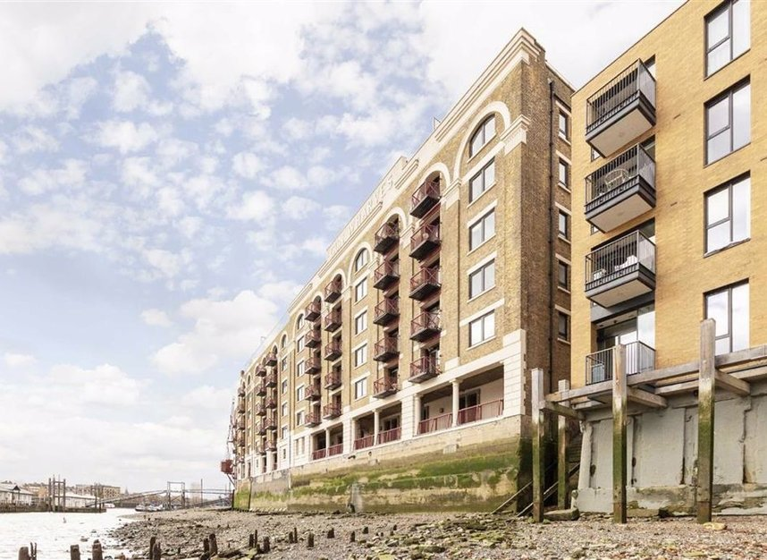 Properties for sale in Wapping High Street - E1W 2NJ view2