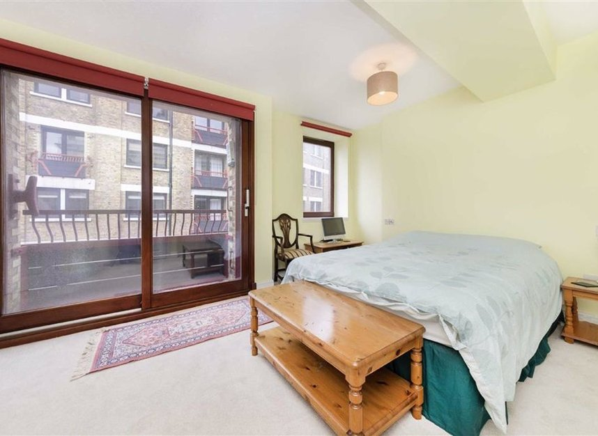 Properties for sale in Wapping High Street - E1W 2NJ view6