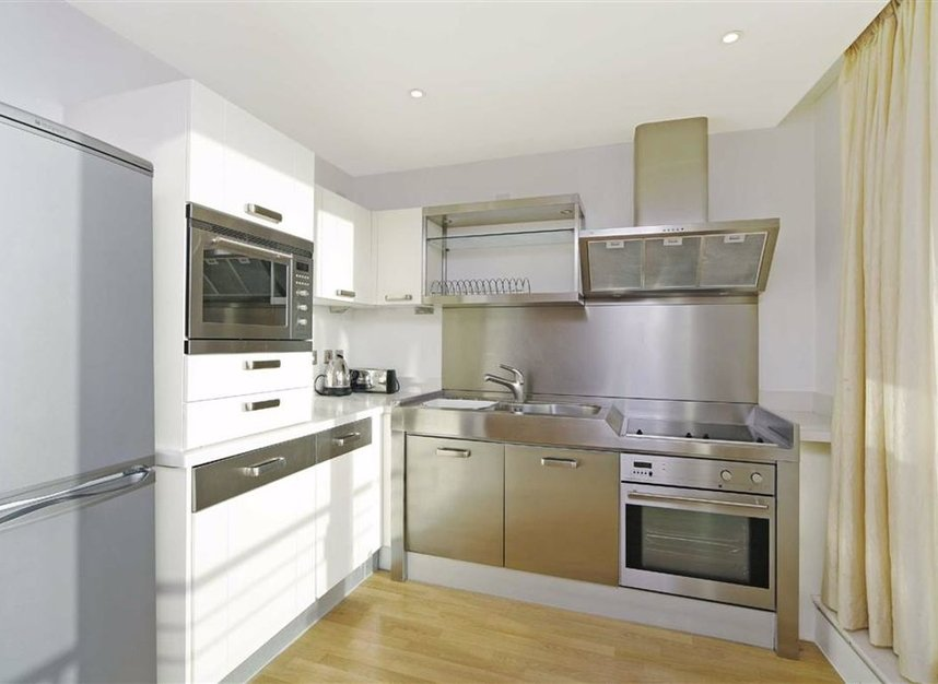 Properties for sale in Wapping High Street - E1W 1LH view2