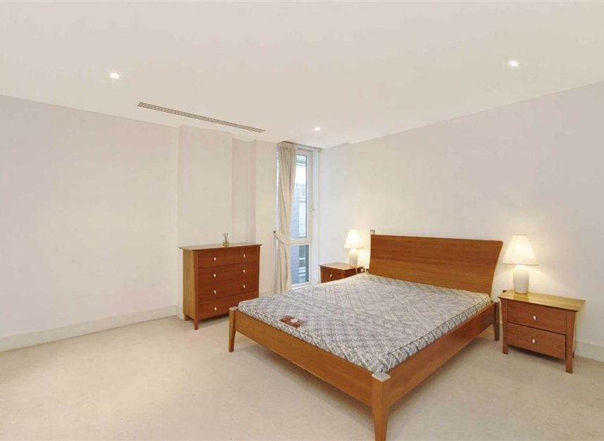 Properties for sale in Wapping High Street - E1W 1LH view5