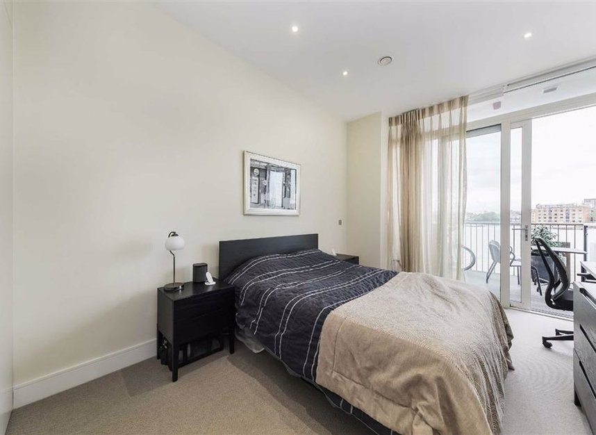 Properties for sale in Wapping High Street - E1W 3PA view5