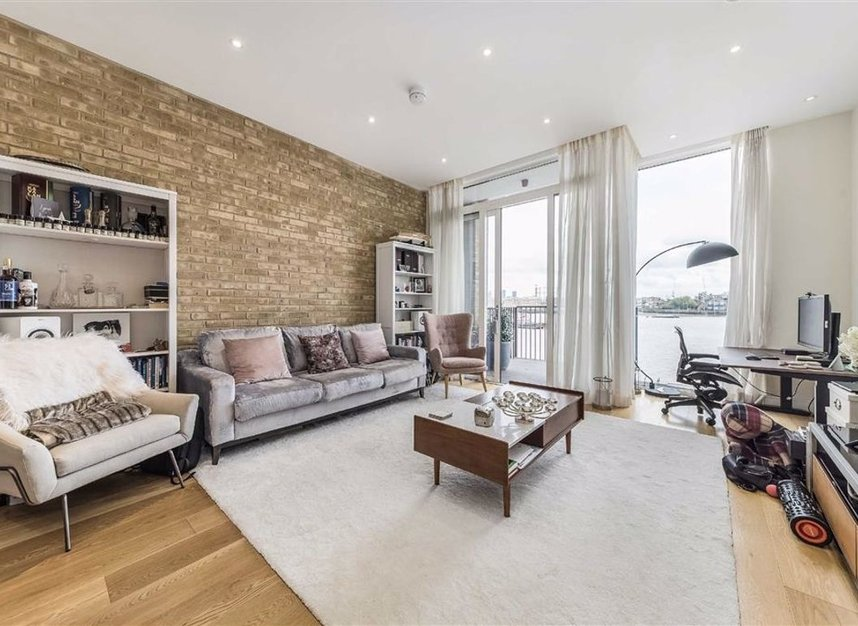 Properties for sale in Wapping High Street - E1W 3PA view2
