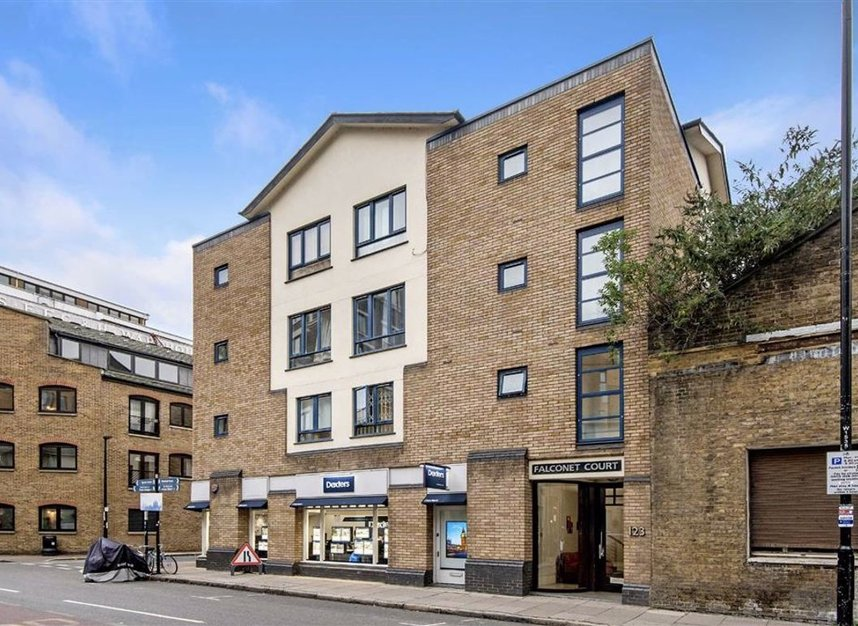 Properties for sale in Wapping High Street - E1W 3NX view1