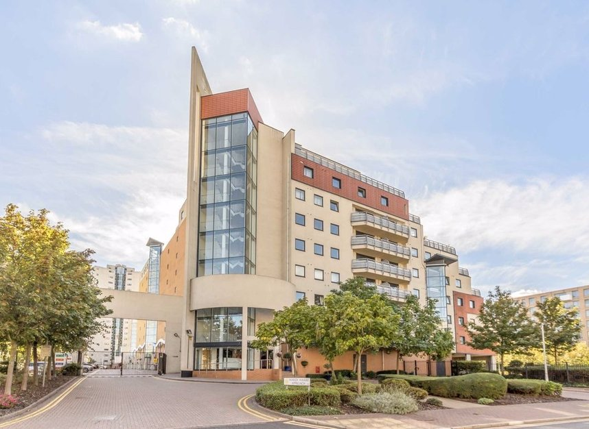 Properties for sale in Wards Wharf Approach - E16 2EQ view7