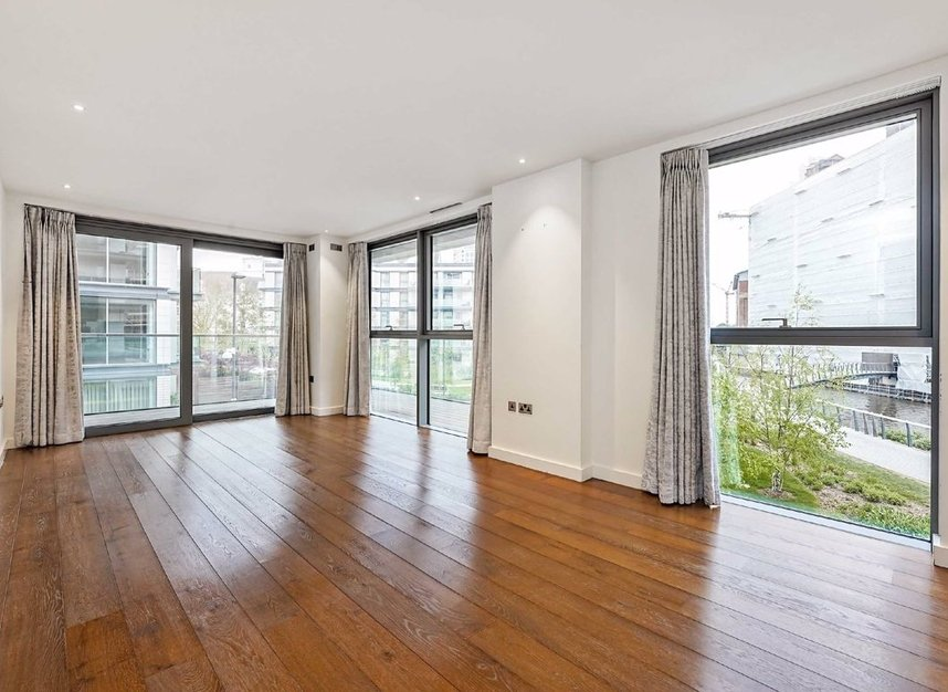 Properties for sale in Waterfront Drive - SW10 0BE view3