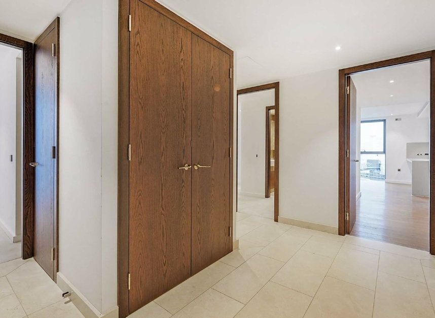 Properties for sale in Waterfront Drive - SW10 0BE view5