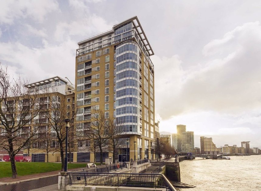 Properties for sale in Westferry Circus - E14 8RJ view1