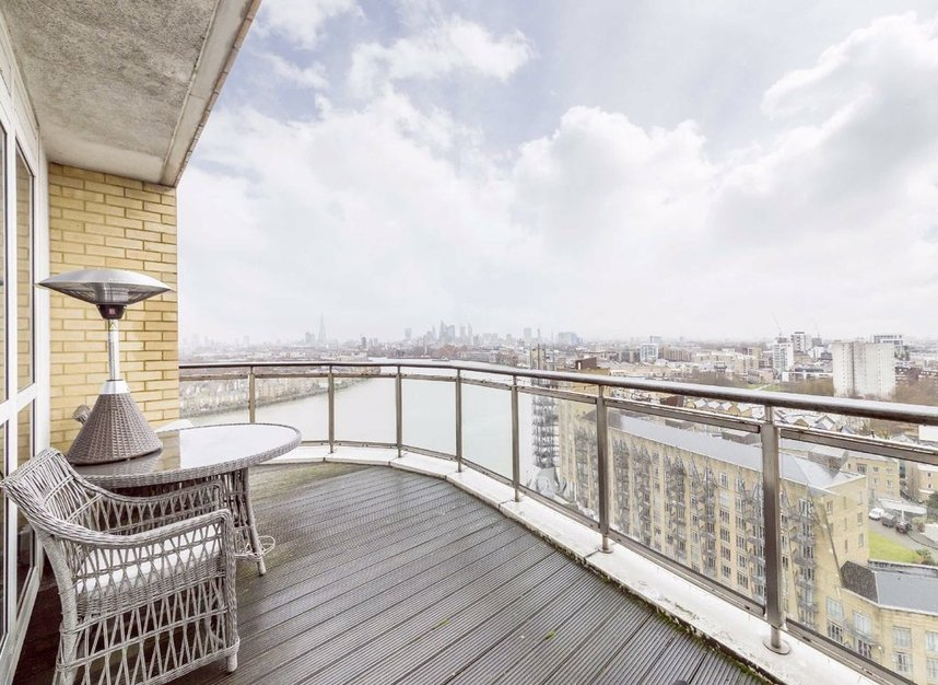 Properties for sale in Westferry Circus - E14 8RJ view4