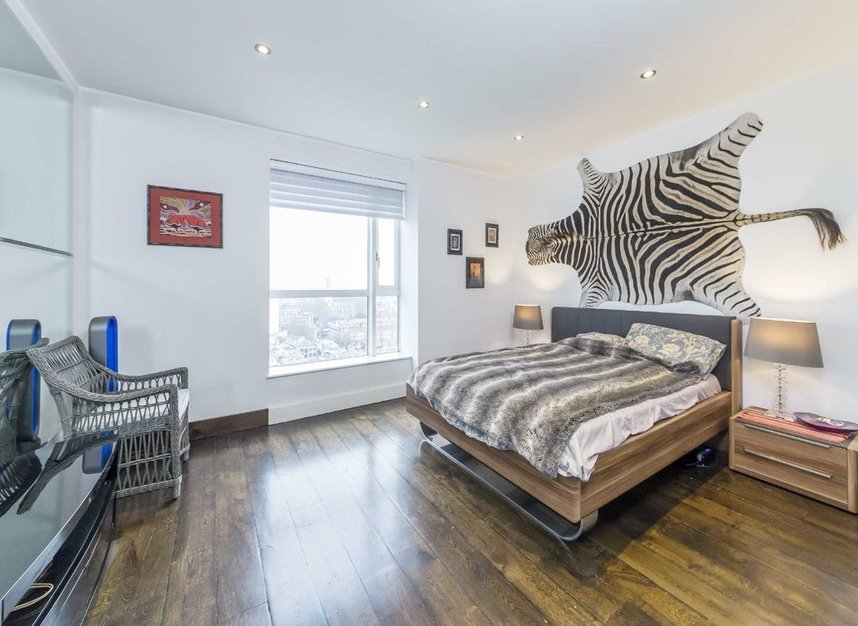 Properties for sale in Westferry Circus - E14 8RJ view5