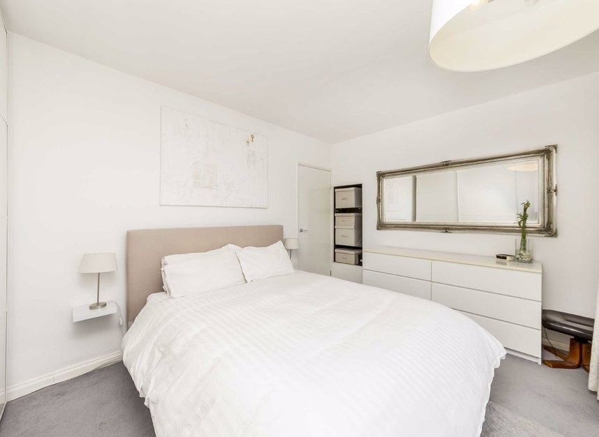 Properties for sale in Westferry Road - E14 8NU view3