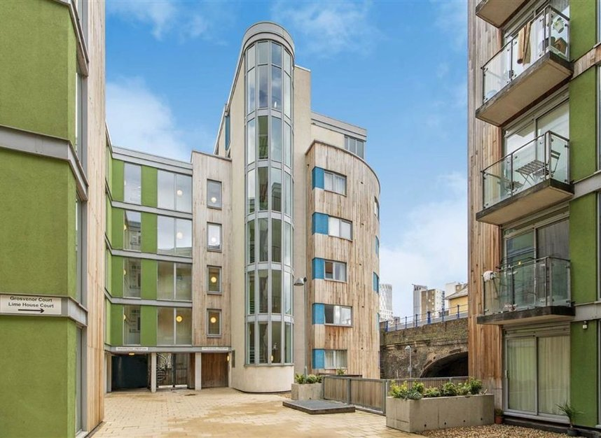 Properties for sale in Wharf Lane - E14 7HW view6