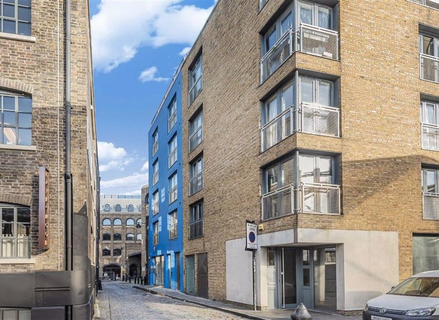 Properties for sale in Winchester Square - SE1 9BN view1