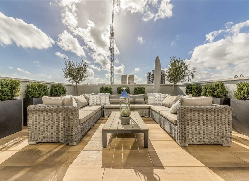 Properties for sale in York Road - SW11 3RS view6
