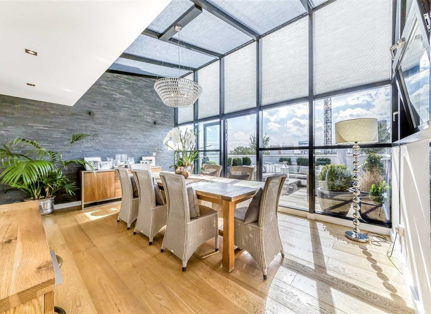 Properties for sale in York Road - SW11 3RS view2