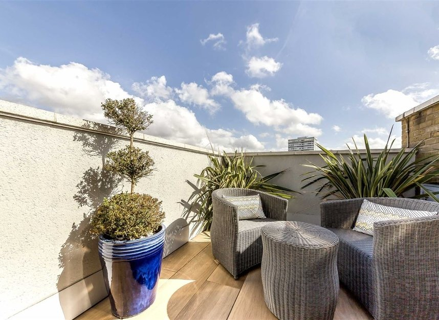 Properties for sale in York Road - SW11 3RS view9