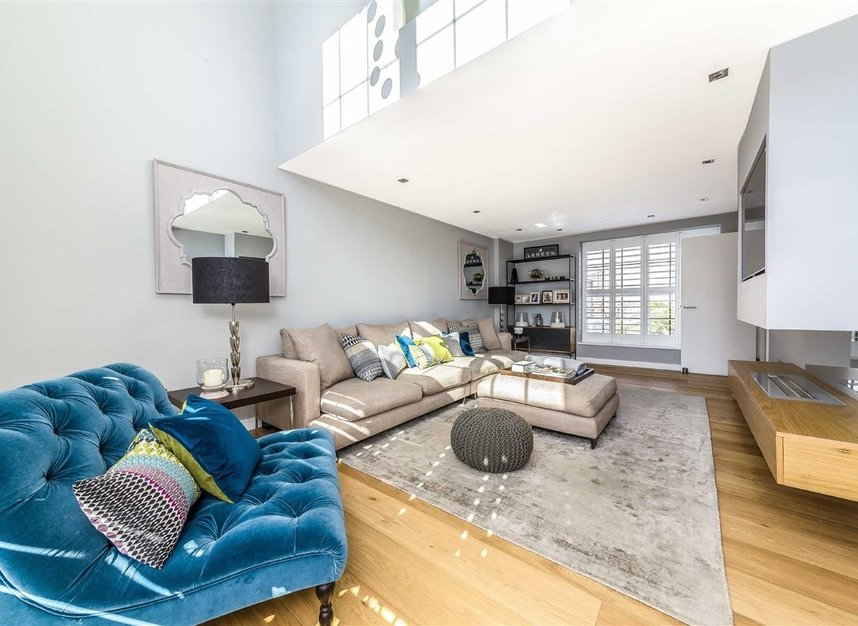 Properties for sale in York Road - SW11 3RS view7