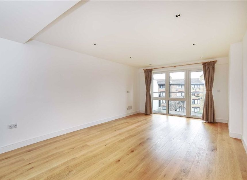 Properties let in 8 Kew Bridge Road - TW8 0FD view2