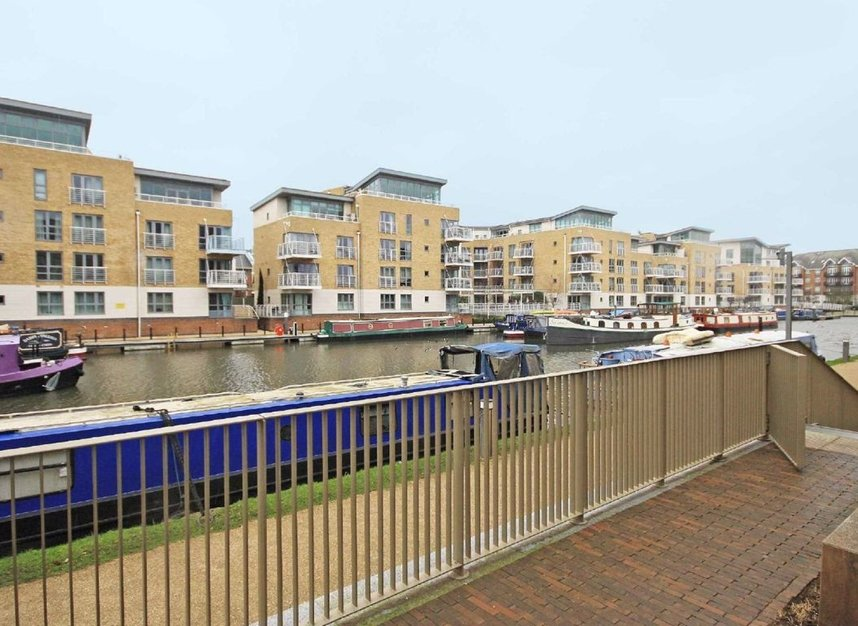 Properties to let in Boaters Avenue - TW8 8FG view9