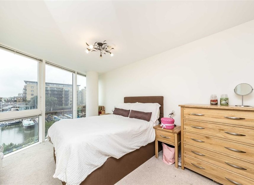 Properties let in Branch Road - E14 7JZ view5