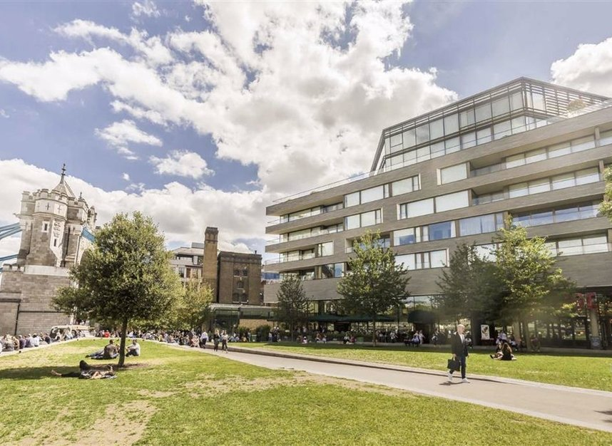 Properties to let in Crown Square - SE1 2SF view1