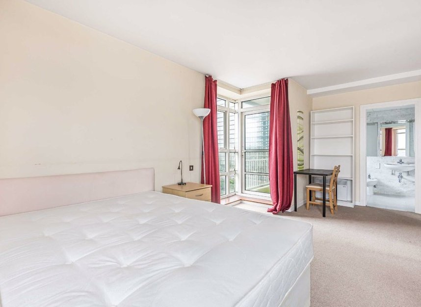 Properties to let in Cuba Street - E14 8NF view4