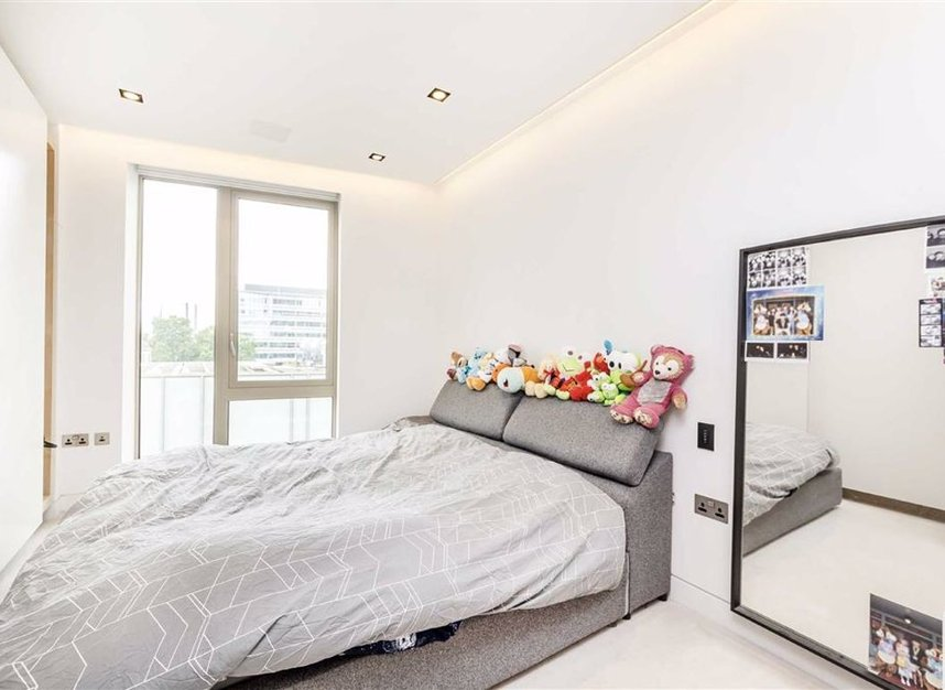 Properties let in Duchess Walk - SE1 2RY view9