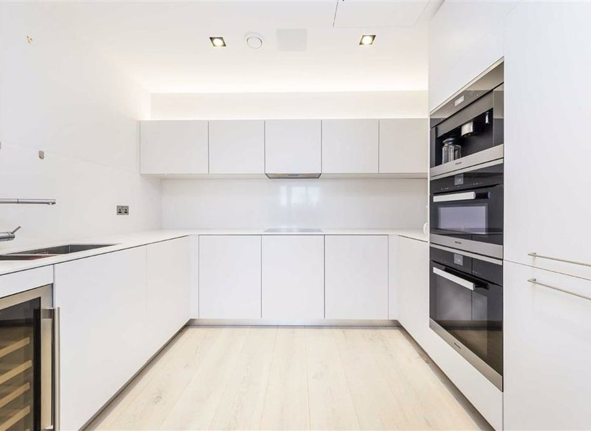 Properties let in Duchess Walk - SE1 2RY view6