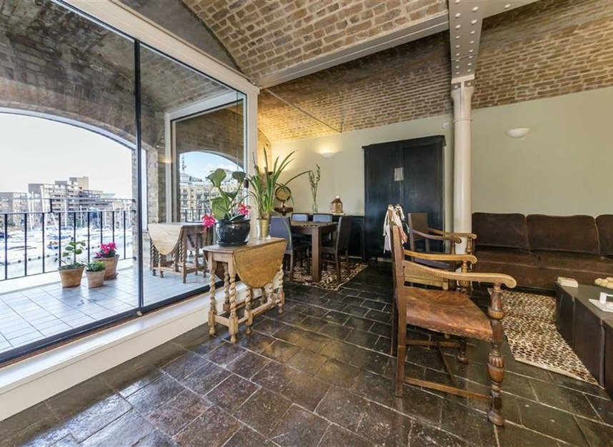 Properties let in East Smithfield - E1W 1AT view3