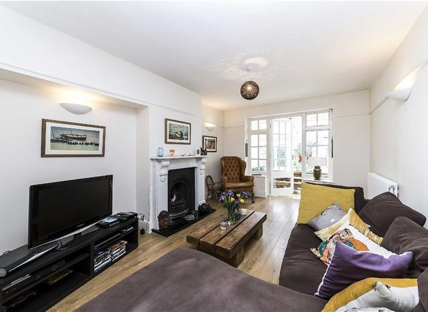 Properties let in Emba Street - SE16 4PL view2