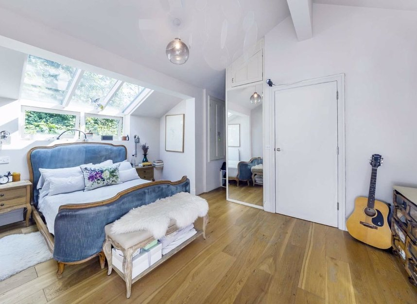 Properties to let in Greenwood Road - E8 1NT view5