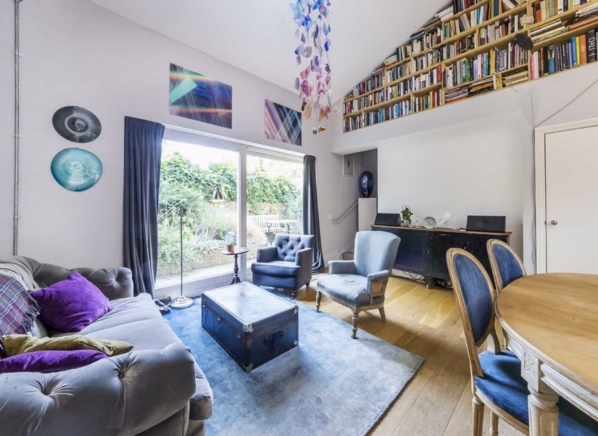 Properties to let in Greenwood Road - E8 1NT view1