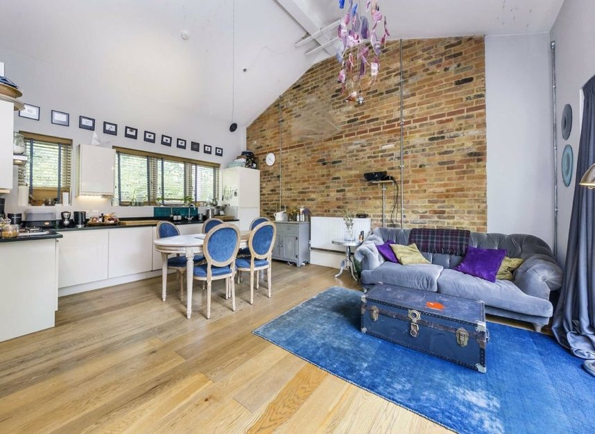 Properties to let in Greenwood Road - E8 1NT view3