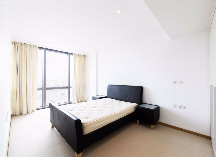 Properties to let in Hertsmere Road - E14 4EF view5