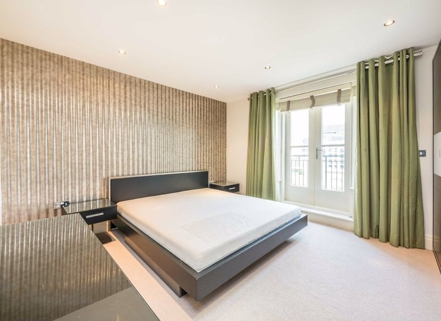 Properties to let in Imperial Crescent - SW6 2QW view8