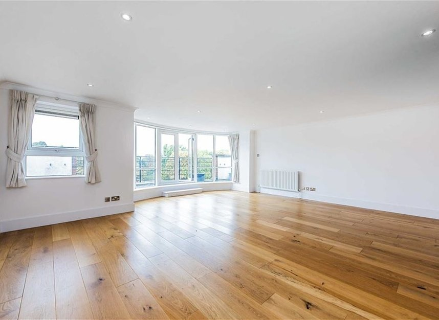 Properties let in Jerome Place - KT1 1HX view2