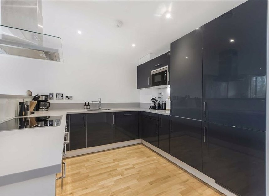 Properties let in Kew Bridge Road - TW8 0RF view3