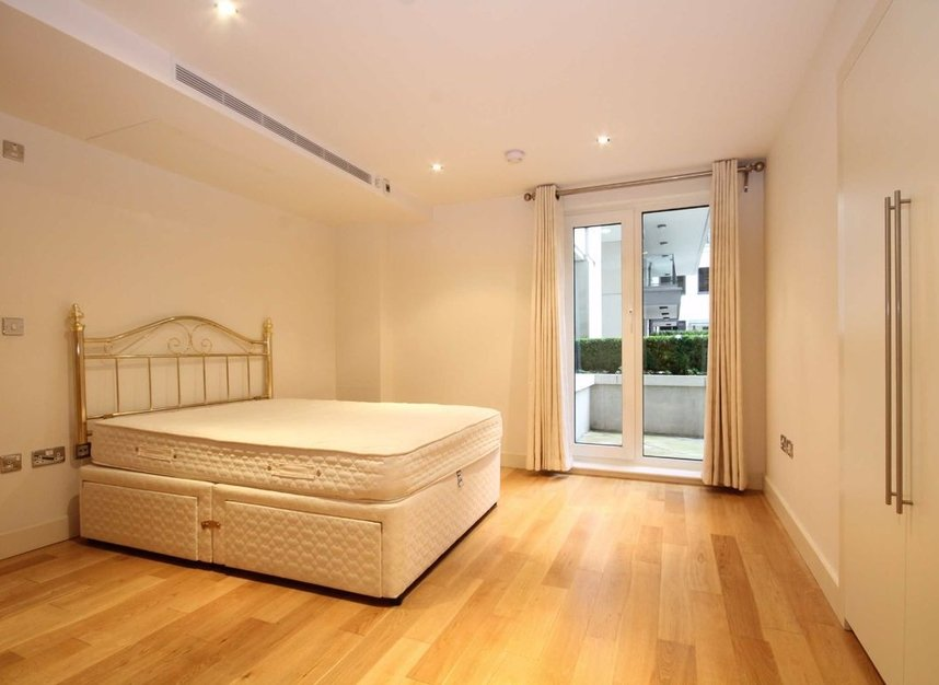 Properties to let in Lensbury Avenue - SW6 2GZ view5