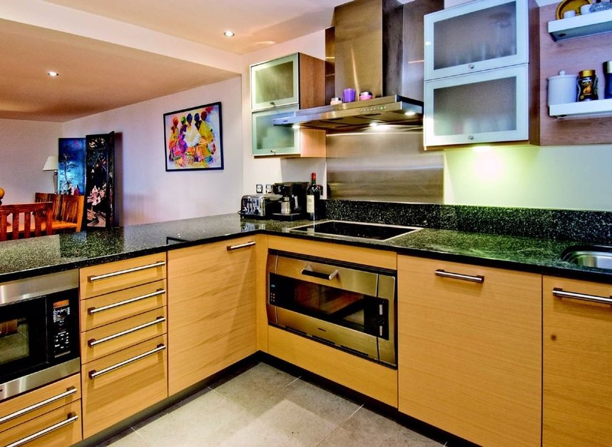 Properties to let in Lensbury Avenue - SW6 2GZ view4