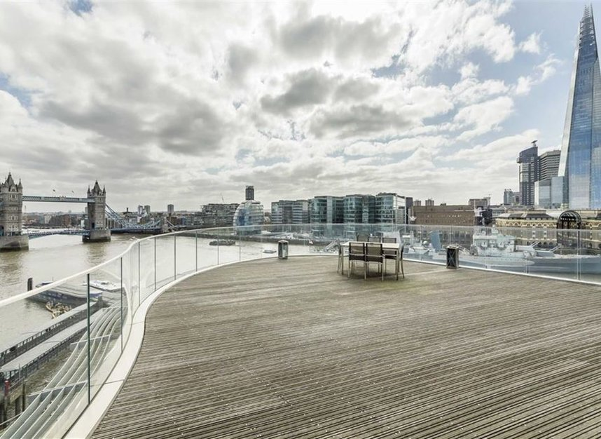 Properties to let in Lower Thames Street - EC3R 6AG view4