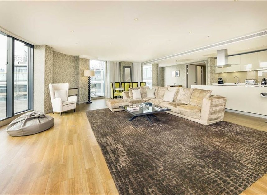 Properties to let in Lower Thames Street - EC3R 6AG view3