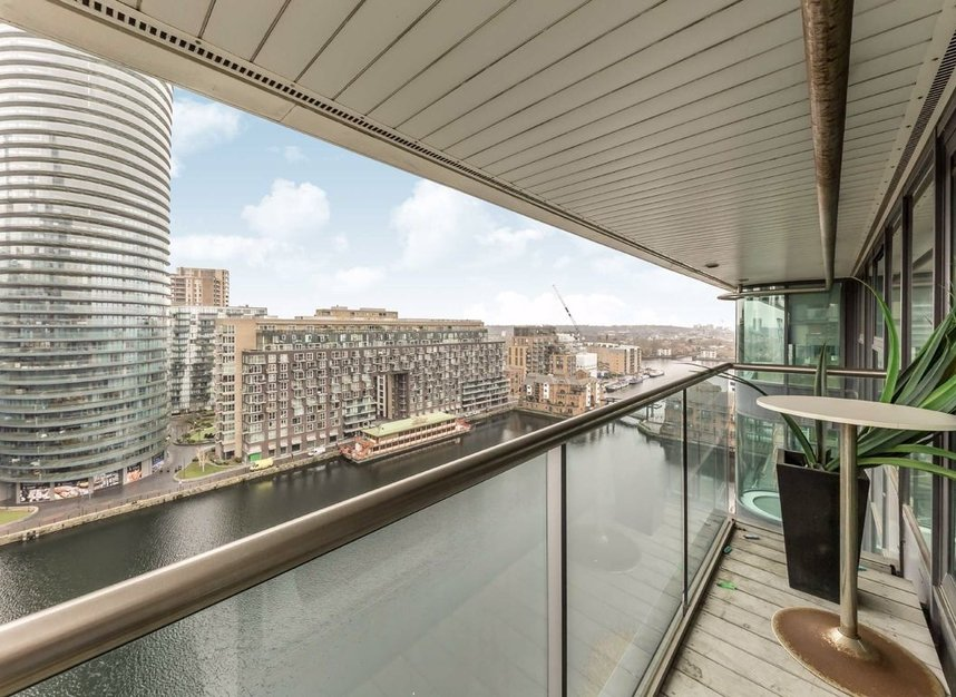 Properties to let in Millharbour - E14 9NB view14