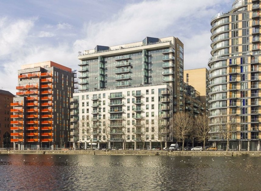 Properties to let in Millharbour - E14 9NB view1