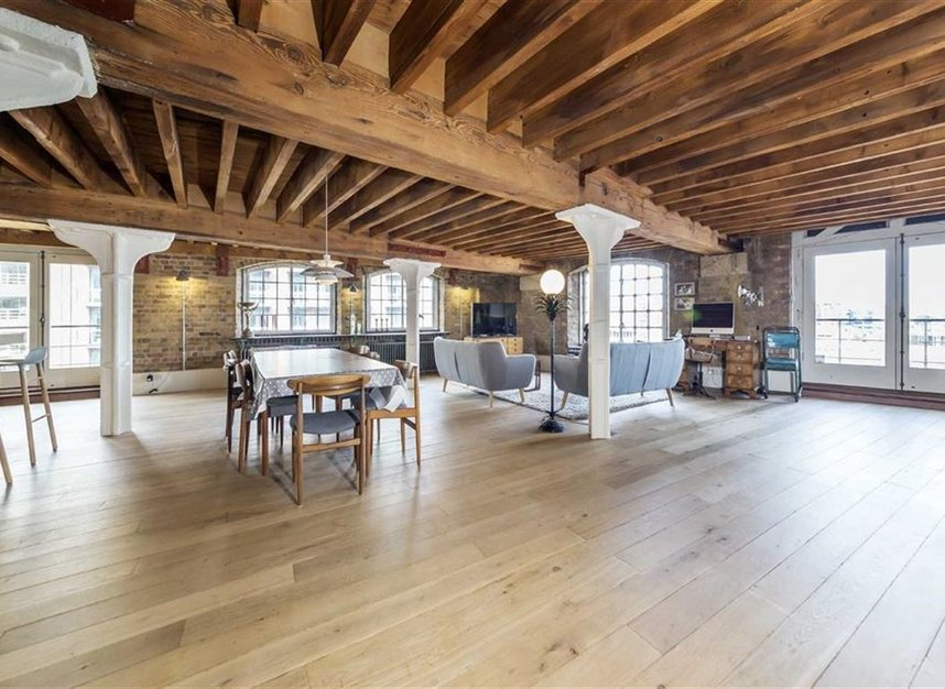 Properties to let in New Concordia Wharf - SE1 2BB view2