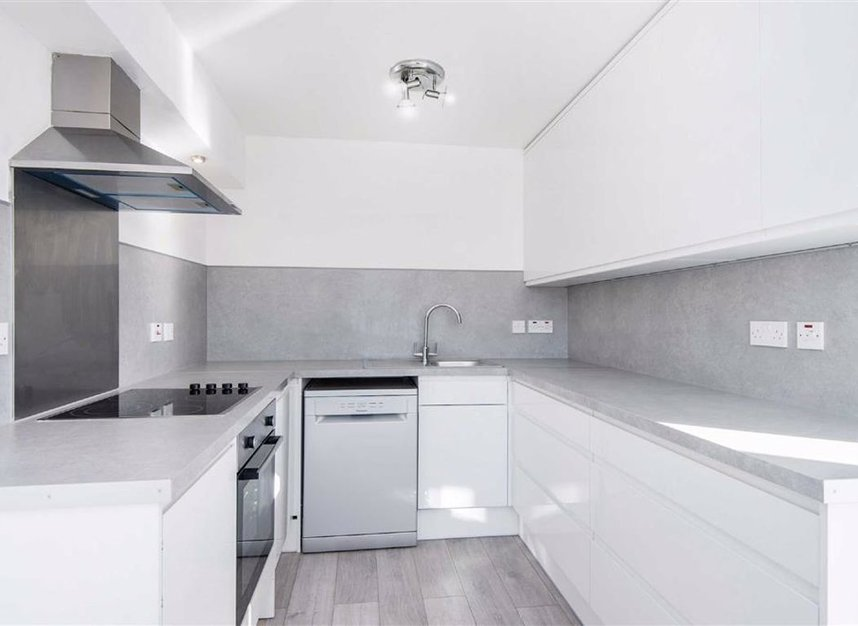 Properties let in Newlands Quay - E1W 3QZ view3