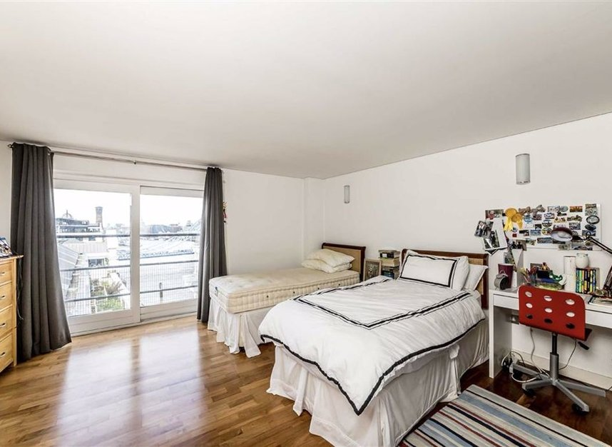 Properties let in Shad Thames - SE1 2YE view7