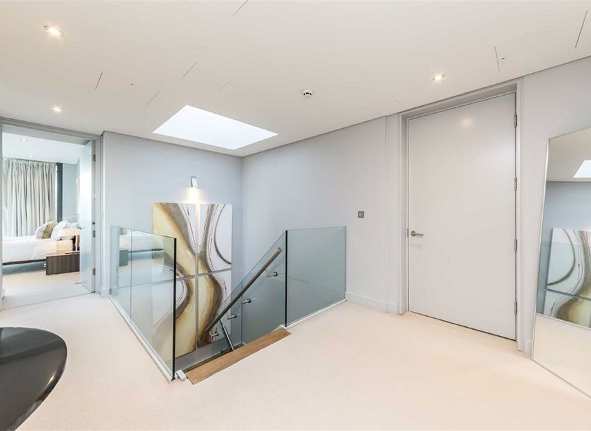 Properties to let in Shad Thames - SE1 2AS view9
