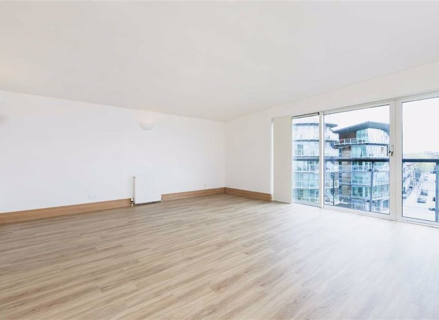 Properties let in St. Katharines Way - E1W 1UJ view2