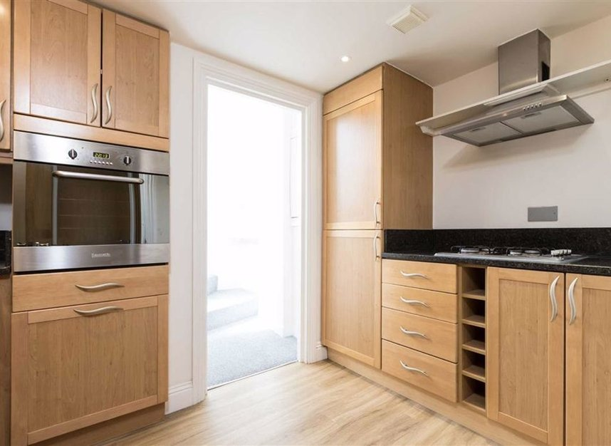 Properties let in St. Katharines Way - E1W 1UJ view3