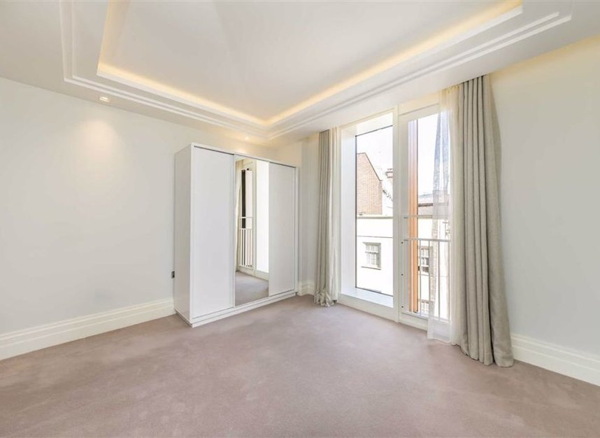 Properties to let in Strand - WC2R 1AB view8