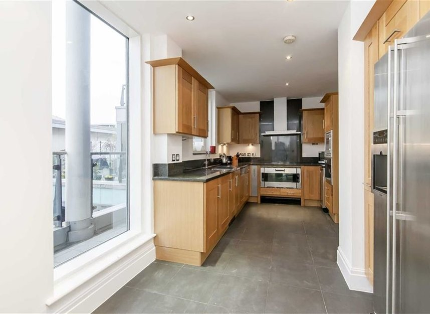 Properties let in The Boulevard - SW6 2SD view4